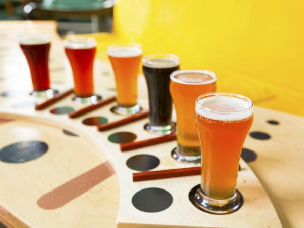 ヴァイツェン、IPA、スタウトなどなど、実に多くの種類を持つクラフトビールのイメージ画像