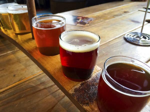 クラフトビール飲み比べのイメージ画像