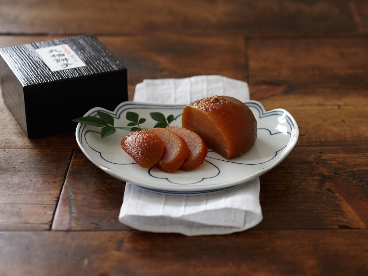 製造は年に一度、完成まで半年。能登が生んだ飴色の宝石「丸柚餅子」_1