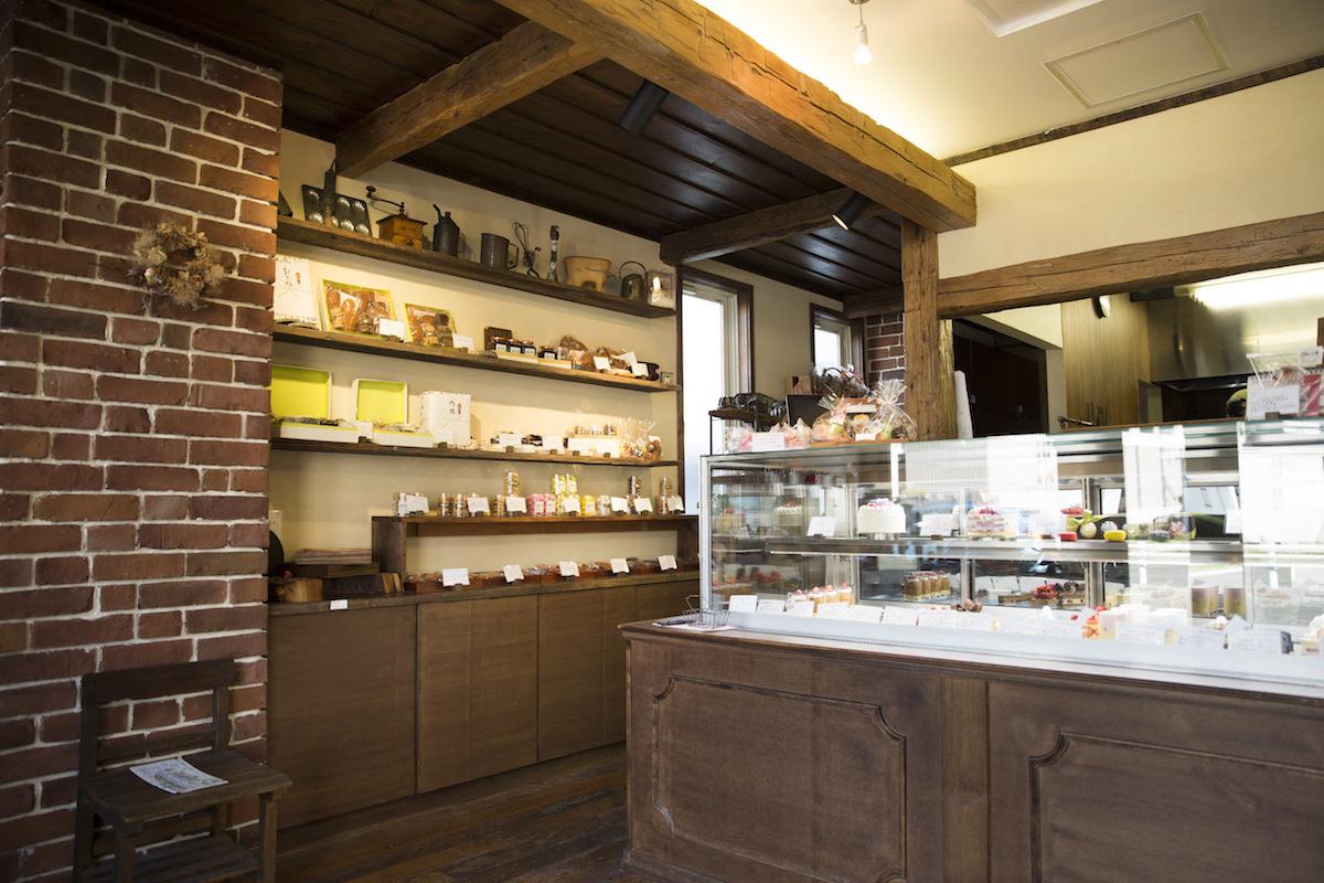 玉川学園のパティスリー「パクタージュ」の店内画像