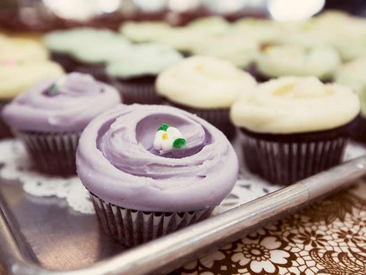 甘くてカワイイものが大好きなお母さんに、母の日限定のカップケーキを!_1