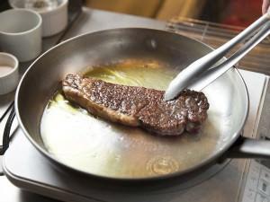 伊勢丹シェフ・岩田晴美が教える、「和牛ステーキ」を家庭でおいしく焼くコツ_05