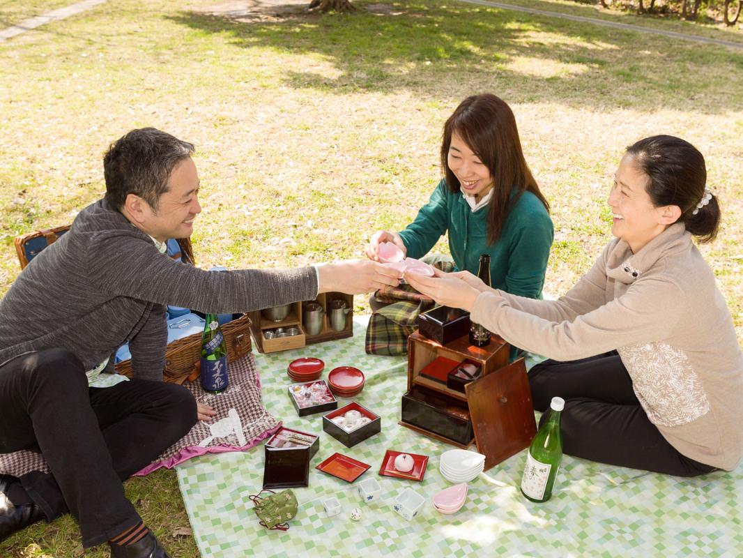 東京ピクニッククラブが提案する、お花見ピクニック・スタイル!_1