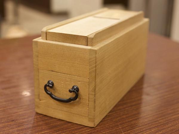 刃物の老舗が作った鰹節削り器<木屋> 團十郎 鰹節削り器の画像