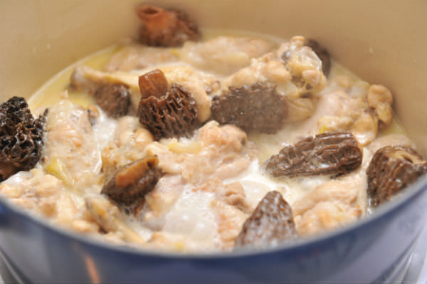 素材のうま味を優しく閉じ込める「ル・クルーゼ」の鍋、「ココット・ロンド」の画像