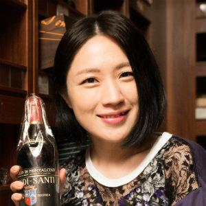 犬山紙子の「伊勢丹お買い場探検隊!」第1回・知られざるワインの洞窟pf
