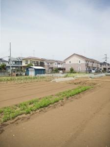 住宅街に囲まれているTAKEI FARMの第一ファームの画像