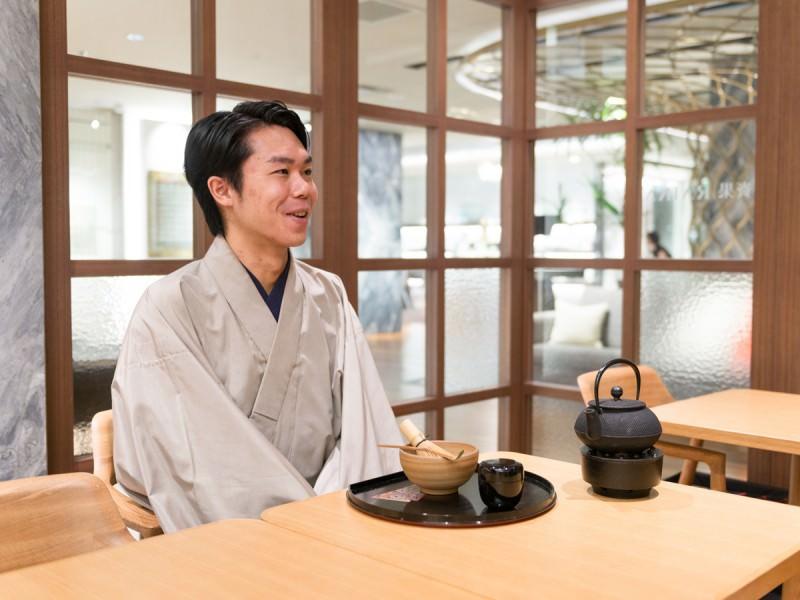 茶人SOTOさんの「テーブル茶の湯」入門_1