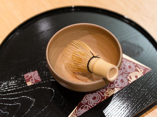 茶人SOTOさんの「テーブル茶の湯」入門_2