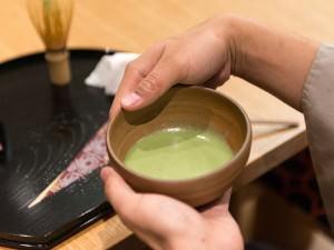 茶人SOTOさんの「テーブル茶の湯」入門_10