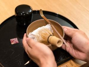 茶人SOTOさんの「テーブル茶の湯」入門_14
