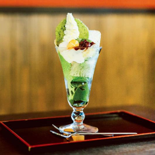 氷の器でかき氷をいただく……京都の「最旬」ひんやりスイーツ3選_03