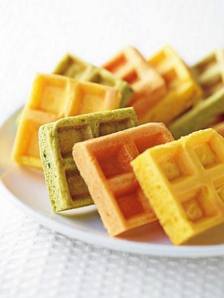 砂糖不使用、米粉と野菜の甘みを生かした、<T.sweets.Labo>飼い主と愛犬で仲良く食べたい米粉のワッフルの画像