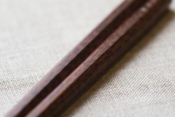 マルナオのスネークウッド八角箸
