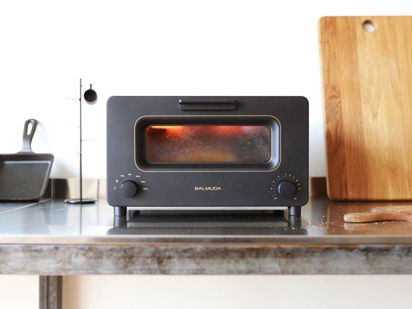驚きのテクノロジーを搭載した「BALMUDA The Toaster」