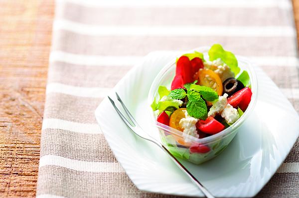 トマトとフェタチーズのギリシャ風サラダ