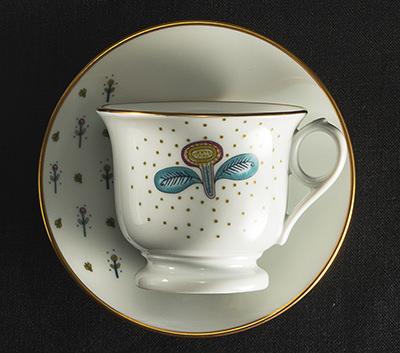 『Bee White(ビーホワイト)』のコーヒーカップ&ソーサー