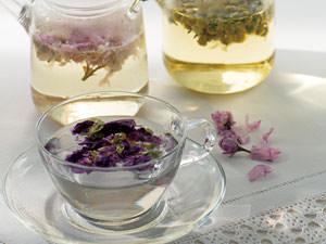 お茶でフラワーセラピー? 目で楽しむ、香りに癒やされるフローラルティはいかが