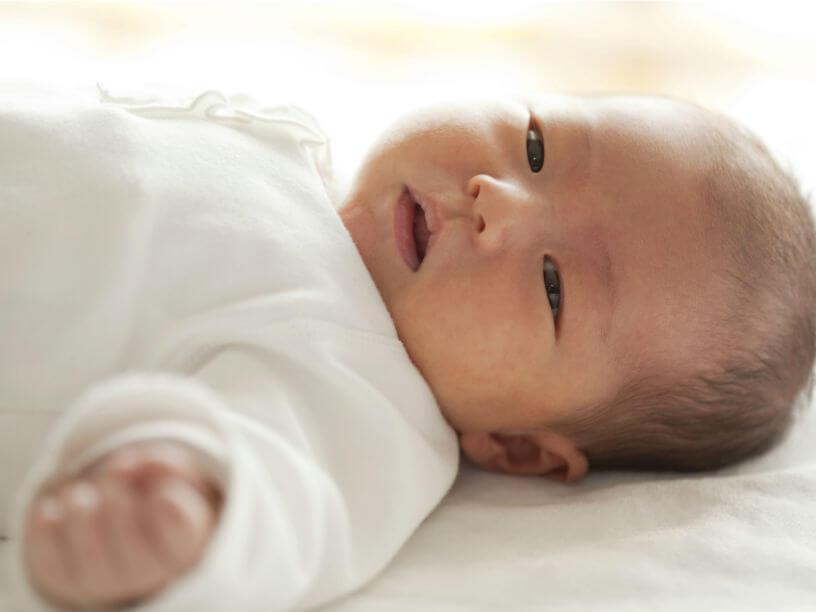 生後3ヵ月前後の赤ちゃんのイメージ
