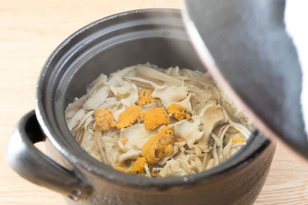 八戸名物、いちご煮を使った炊き込みご飯