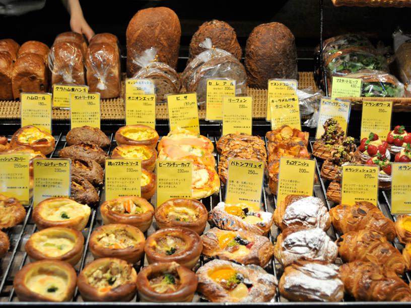 松戸「ZOP F」のパン