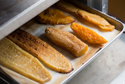 トースターで焼いた干し芋