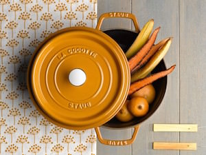 ホーロー製のイカした鍋。「ストウブ」で、もっとおいしくできる夏の定番メニュー