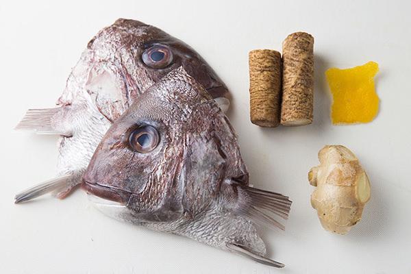魚のアラ煮の材料