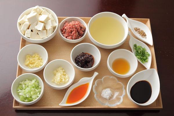 麻婆豆腐の材料写真