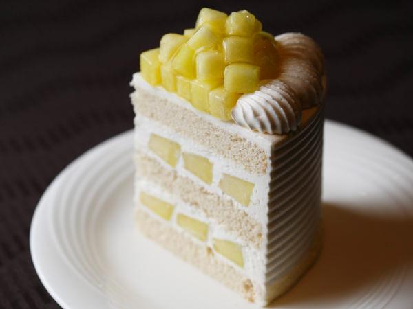 <ホテルニューオータニ パティスリーSATSUKI>のエクストラスーパーメロンショートケーキ