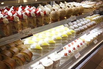 伊勢丹新宿店のフーコレに出店するパティスリーSATSUKI