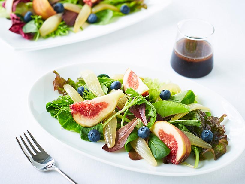 イチジクとブルーベリーのフルーツサラダ