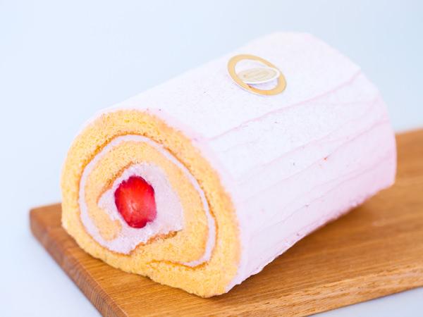 <資生堂パーラー>の「いちごのロールケーキ」