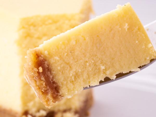 後味さっぱりで食べやすいベイクドのチーズケーキ