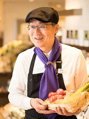 伊勢丹新宿店のシニア野菜ソムリエ・小島孝夫さん