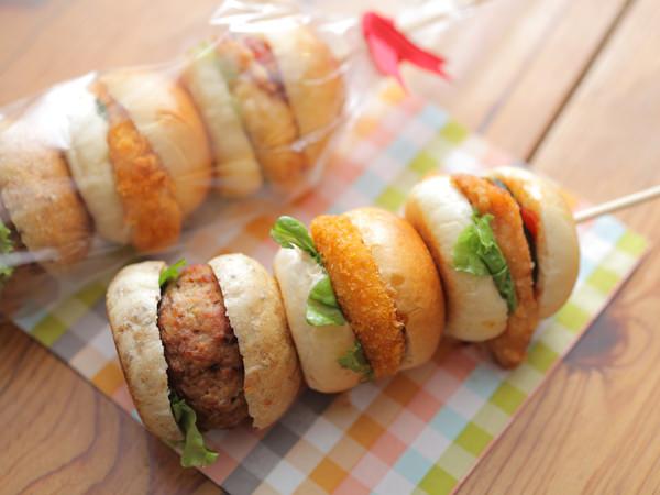 イッツ サンドイッチ マジックの3種のスタミナプチバーガー