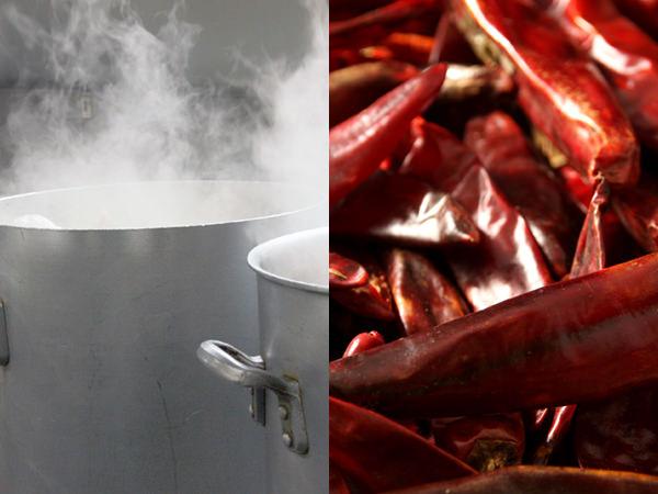 博多大東園の博多ユッケジャンが煮られている鍋/韓国産天日干し唐辛子コチカリ