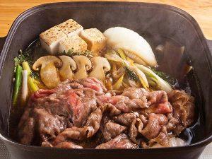 赤坂松葉屋の松茸と飛騨牛のすき焼き