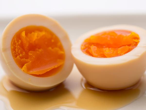 みそたまりで漬けたゆで卵