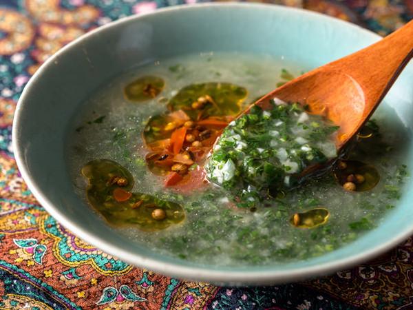 モロヘイヤのスープのイメージ