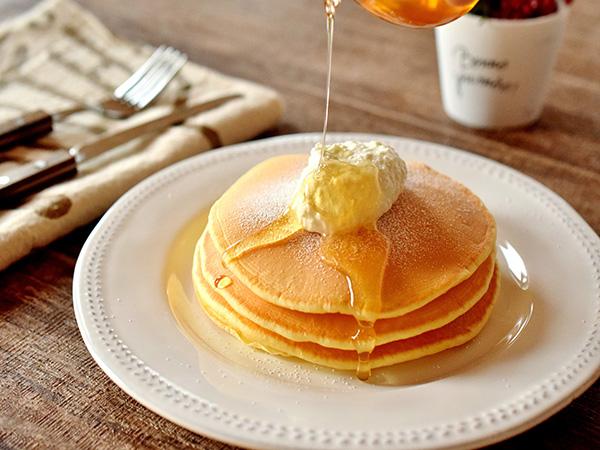 カルピスの特撰無塩バターの食べ方イメージ(ホイップバター)