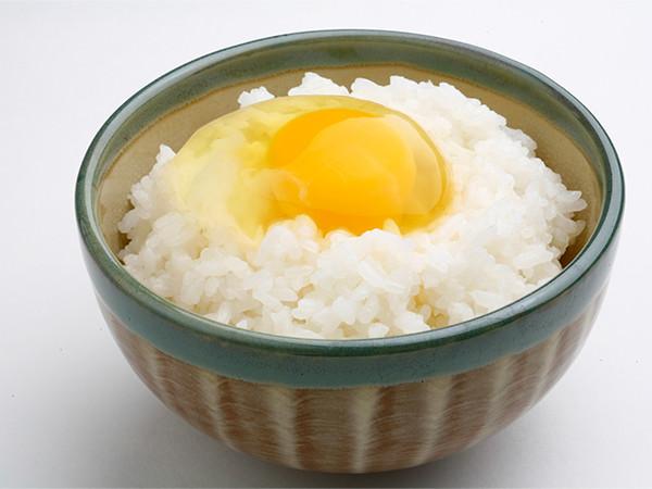 ぴよっこを使った卵かけご飯