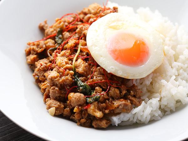 マンゴツリーデリの豚挽肉のバジル炒め〜大辛ムーガパオ〜