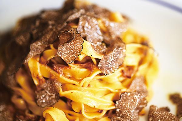 <トラットリア・トリッパ>鹿肉とトリュフのタリオリーニ