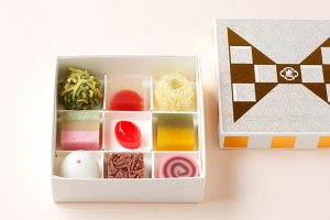 <とらや>小さいけれど本格派なミニ和菓子「ミニャルディーズ ボックス」