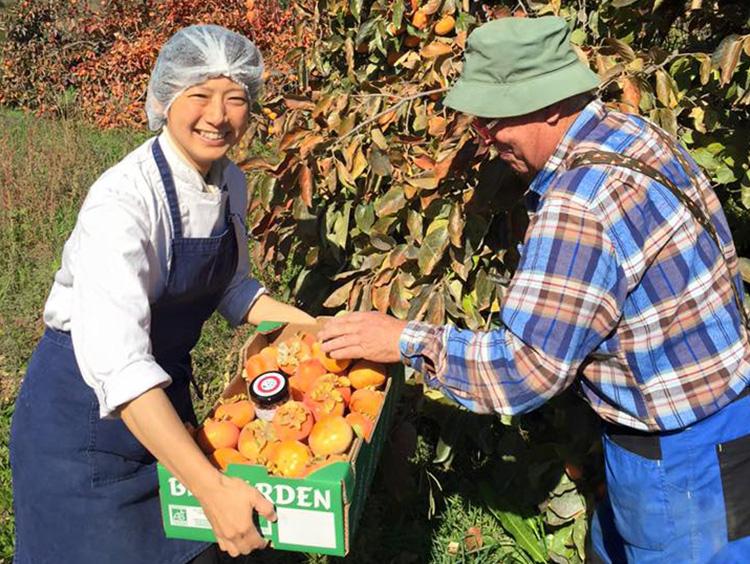 地元の生産者と恵美子さん