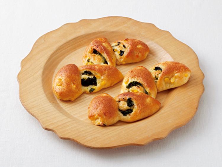 <アンデルセン>とうもろこしとほうれん草のパン