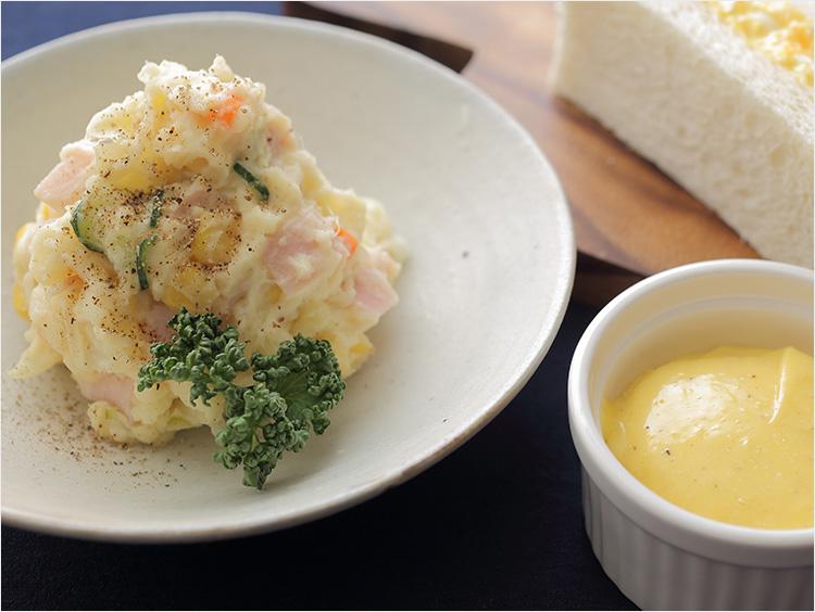 ポテトサラダとマヨネーズのイメージ