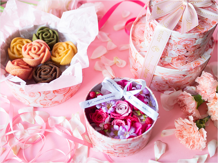 日比谷花壇×モンシェールのプリザーブド&アーティフィシャルフラワーギフトセット