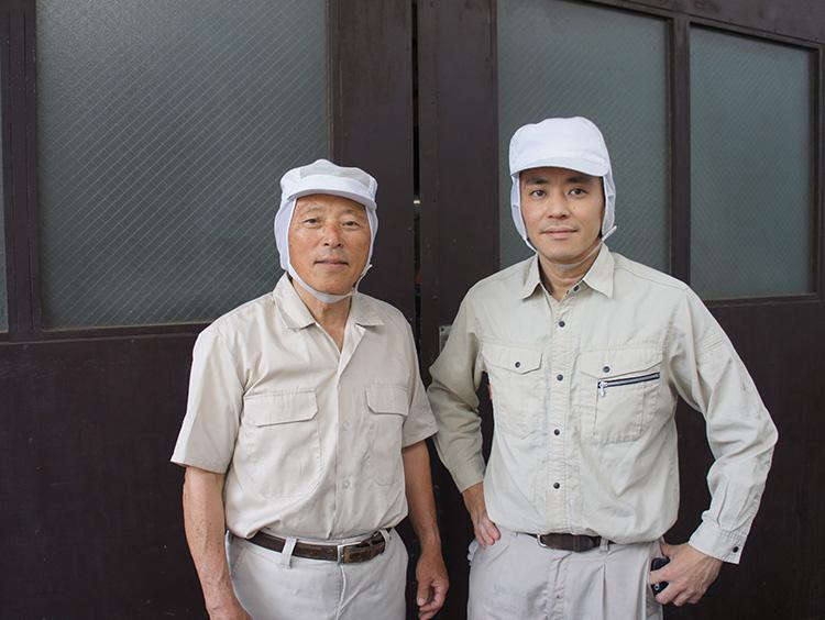 <川原製粉所>の会長(左)と社長(右)